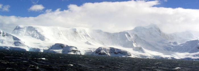 南極フライ&クルーズ:(�U)南極圏横断10日間
