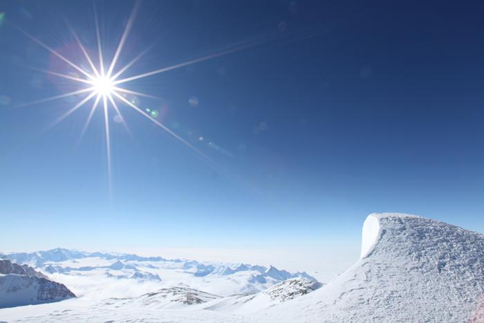 南極ビンソンマシフ登山
